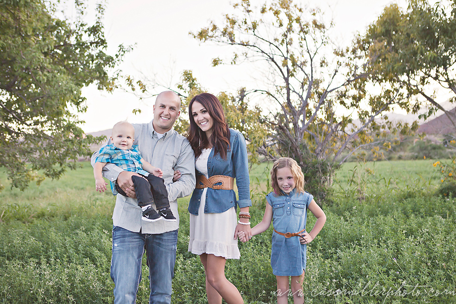 Family Love Field Style   St. George Family Photographer
